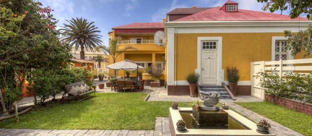 villa margherita, hotel accommodation, guest house, bed and breakfast, swakopmund, restaurant, spa, massages, quiet suburb